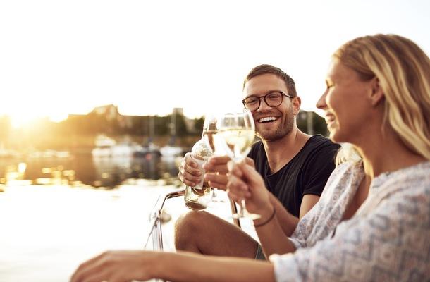 Does Boating Make Us Happier?