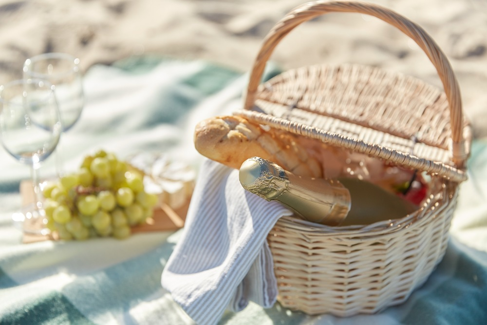 Monterey's Guide to Perfect Picnics on the Water