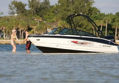 MONTEREY BOATS INTRODUCES BLACKFIN SERIES OF BOATS