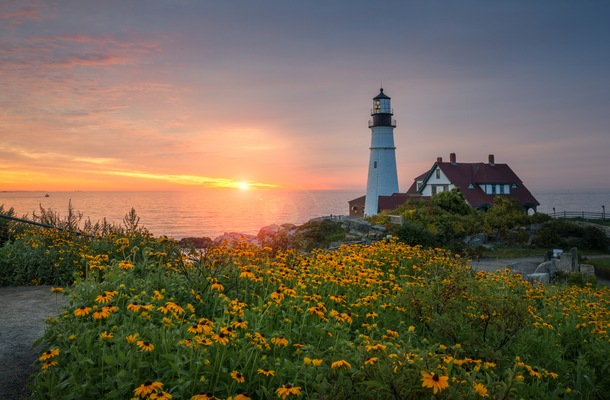 Beautiful Lighthouses To Cruise By For National Lighthouse Day