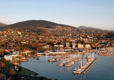 Spending the Summer in Hobart, Australia