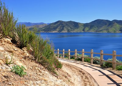 Winter Boating Destination: Riverside County, California