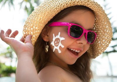 Sunscreen Protection Day: 5 Sunscreen Myths