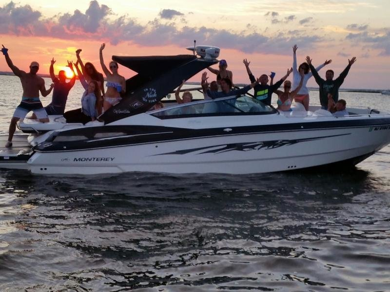 Brian Marangi and Company having a blast on their 328S with Coty Marine, NJ
