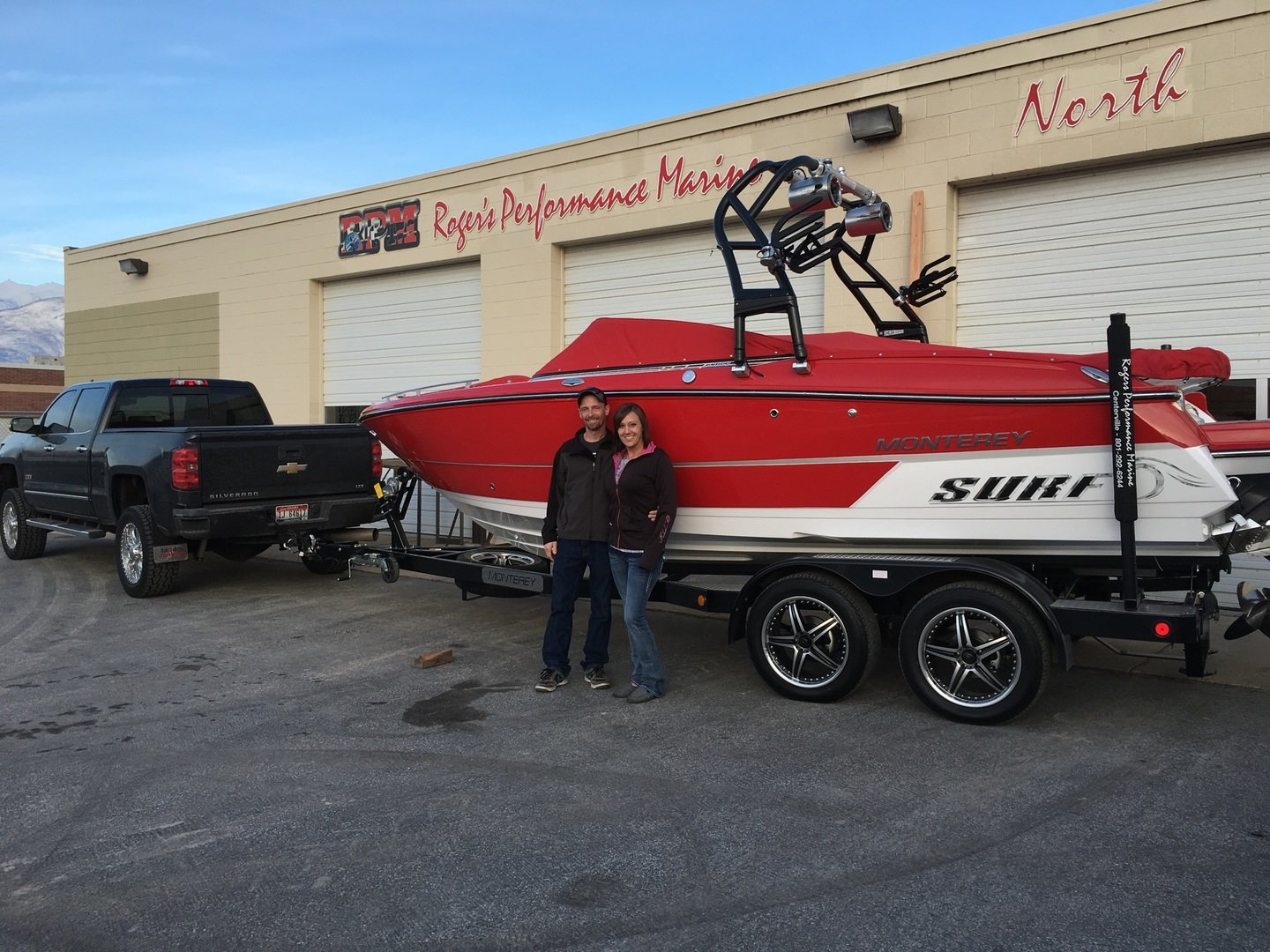 """Happy 238SS Surf Edition customers at Roger's Performance Marine in Utah!"""