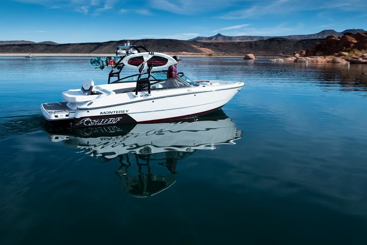 An awesome pic from our dealer, Roger's Performance Marine in Hurricane, Utah. This is the 218SS Surf Edition!